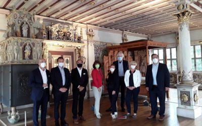 Land unterstützt Sanierung des Uracher Schlosses mit 9,4 Million EURO